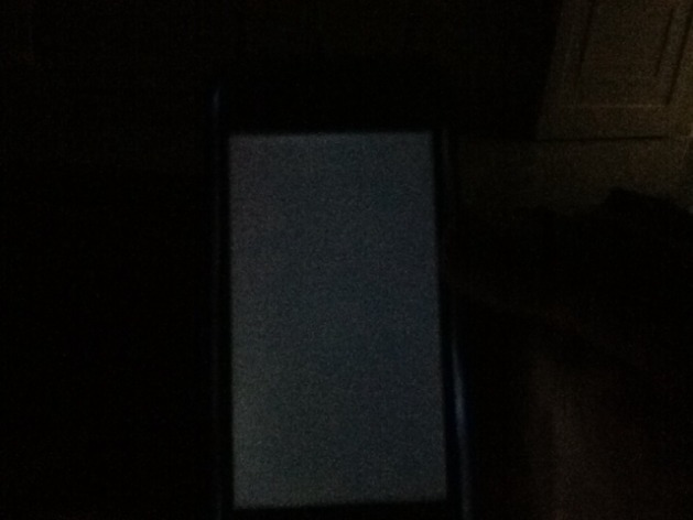 iphone 5c screen popped out iphone 5s screen popped out and screen is on but nothing 9231