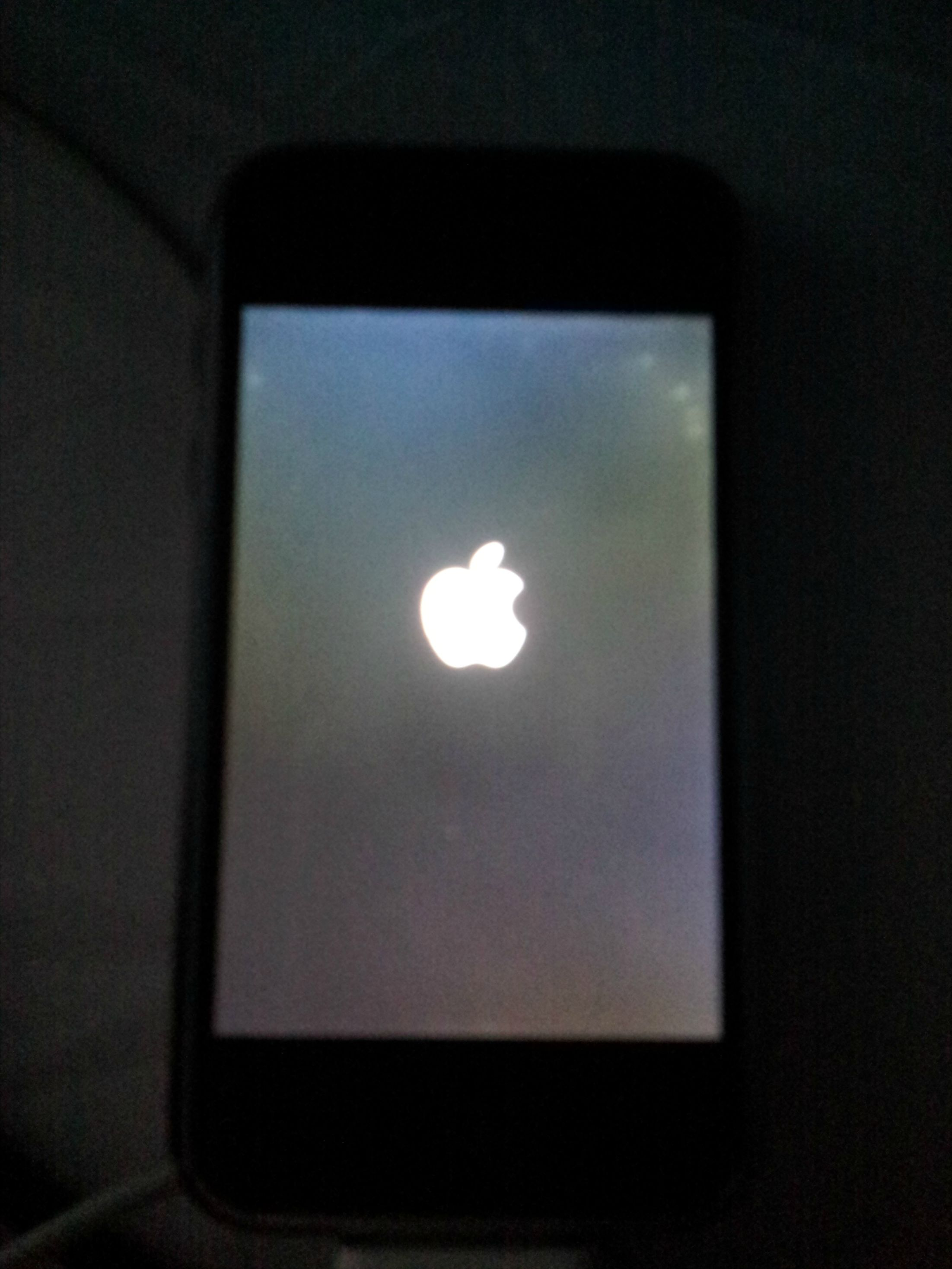 why did my iphone screen go black original iphone won t start up 20620